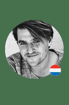 Een frisse professionele Nederlandse stem gezocht voor je voicemail? Jakob spreekt jongeren en young-professionals aan. Van zakelijk tot commercieel.